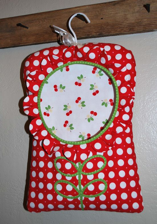 Clothespin Bag...out of Sew Cherry!