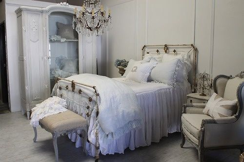 Shabby chic bedroom - Love the accent ch - ideasforho.me/... -  #home decor #design #home decor ideas #living room #bedroom #kitchen #bathroom #interior ideas