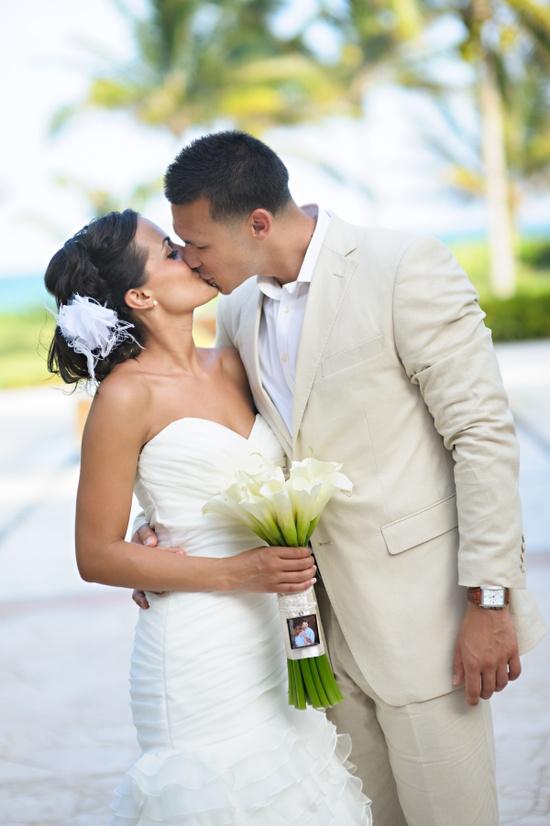 wedding flowers www.partysupplies...