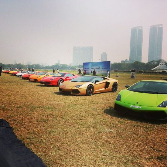 Now thats a lot of supercars! #Lambo