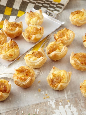 Caramelized onion and feta pastry kisses