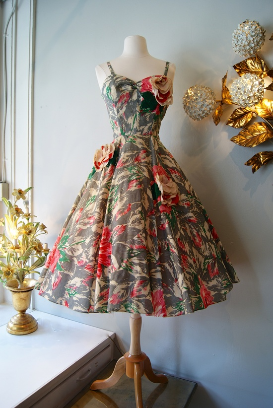 Sublime 1950's rose applique party dress, #fashion #floral #dress #1950s #partydress #vintage #frock #retro #sundress #floralprint #petticoat #romantic #feminine
