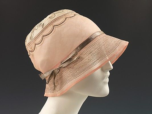 Cloche 1925, French, Made of cotton