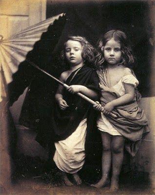 Photographies, deux filles avec parapluie - 1864