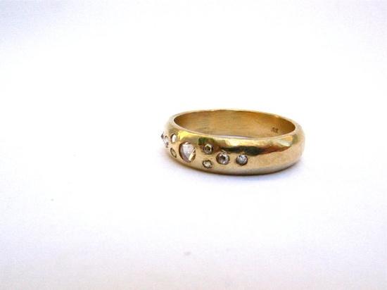 www.engagementrin... www.diamond-rings... www.diamond-rings... www.facebook.com/... twitter.com/...