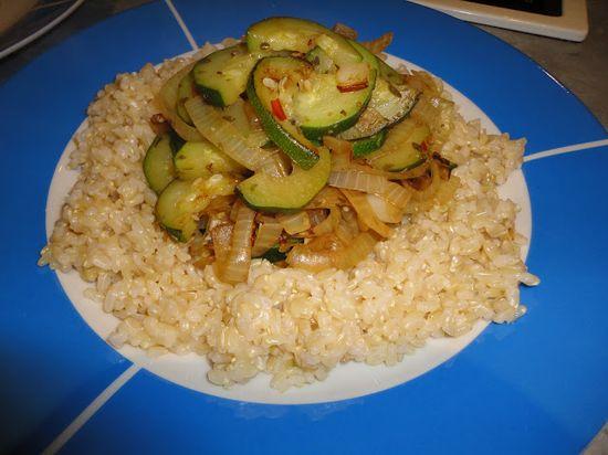 Vegans Eat Yummy Food Too!!!: Onion & Zucchini Fry
