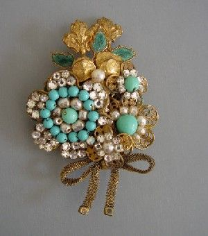 Haskell Hess bouquet fur clip of aqua beads, pearls, 1930s