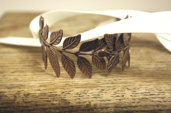 I love this Grecian style bracelet. #roost