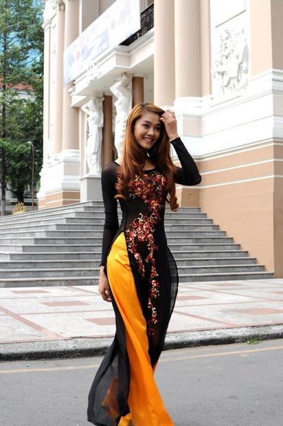 Ao Dai Quy Ba - CM246 / Wearing an Ao dai, walking around at the old street in Autumn, you gonna love that feeling :) / aodaihoanguyen.co...