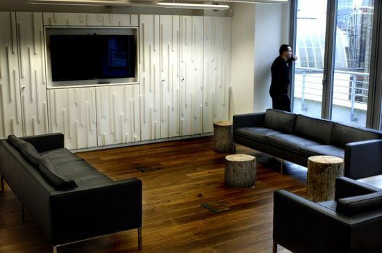 Icelandic transportation company Eimskip recently moved into a new London office space designed by MSL Interiors.