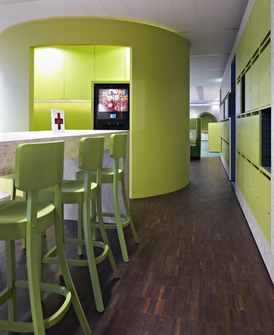 Inside CTAC's Flexible And Colorful Head Offices - Office Snapshots