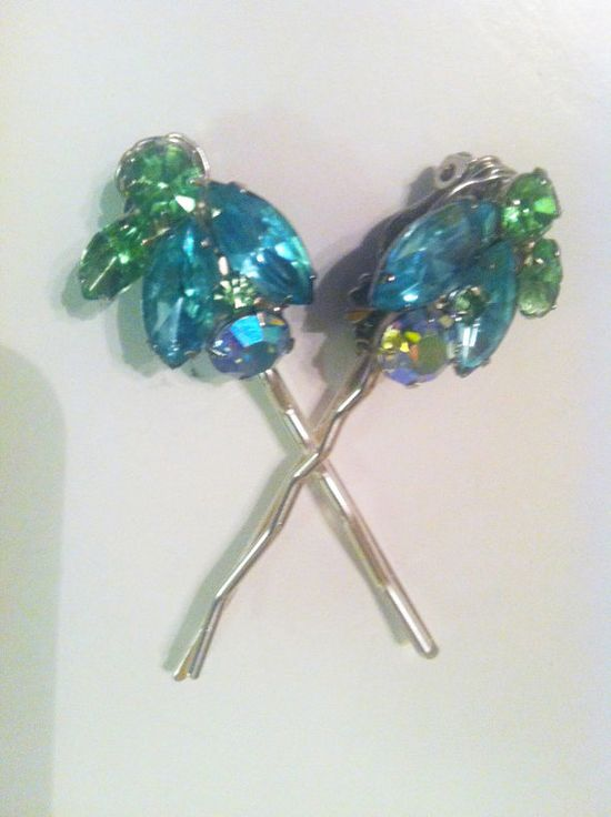 1950s Old Hollywood-Glamourous Pair of Crystal Leaf WEISS  Hair Pins