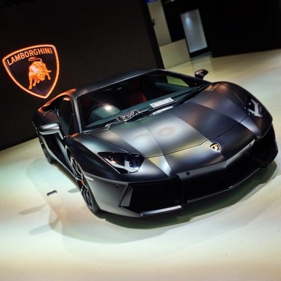 Sport Car Collections Jayde: FERRARI-ENZO#ferrari Vs