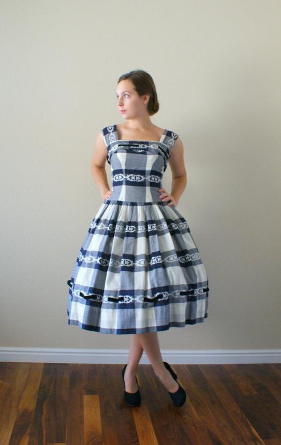 1950s dance dress. For dancing.