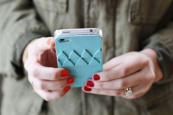8 Creative DIY Iphone Cases  #iphone #diy #cases