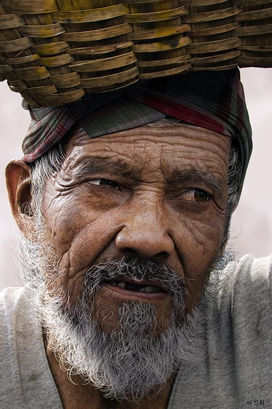 A realistic 3D character called ,,Old man'' created by  Jin Hee Lee