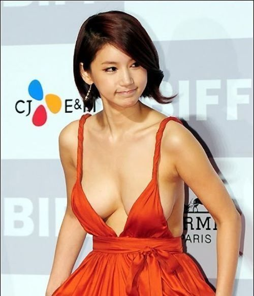 Oh In-Hye was a little known South Korean actress until she dawned a red plunging neckline dress and walked the red carpet at the Busan International Film Festival (BIFF). Photos of her #Korean Films Photos