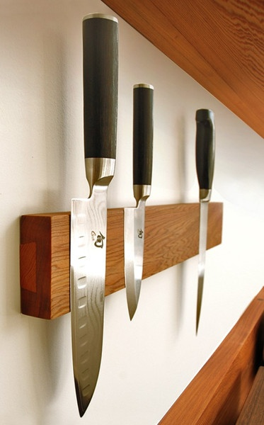 wieszak na noże