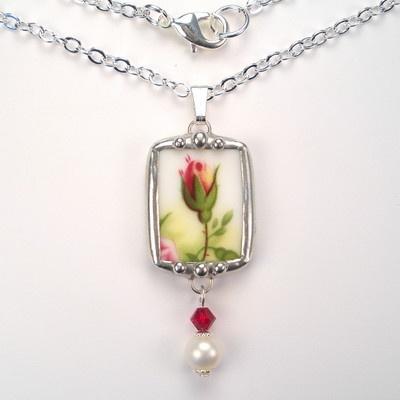 LOVE broken china jewelry!