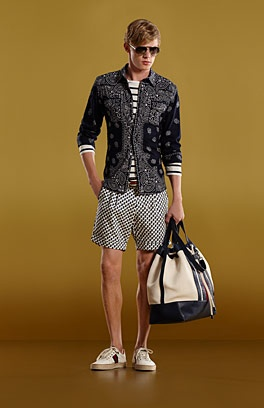If You like the Way you are then nothing else matters! Isn't it ? #gucci #men #fashion #menfashion #summer #summershorts