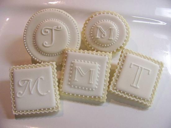Simple monogram cookies.