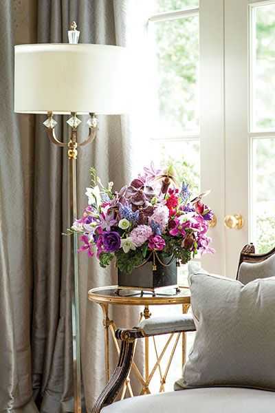 VIGNETTES DETAILS AND BEAUTIFUL STYLING