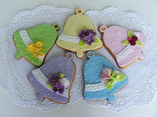 Bell cookies by bubolinkata, via Flickr