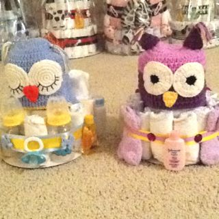 Boy and girl owl diaper cakes