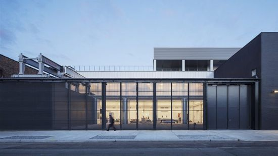 New York practice Andrew Berman Architect has designed a studio for a sculptor in Brooklyn to include machinery for CNC-milled stone creations.