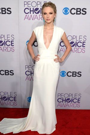 Taylor Swift in Ralph Lauren at the 2013 People's Choice Awards
