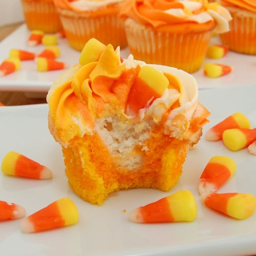 Candy Corn Cupcakes – Love the nested colors idea.