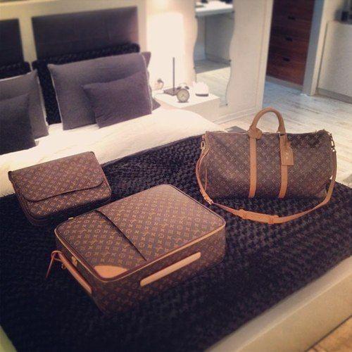 Bedroom decor + LV bags