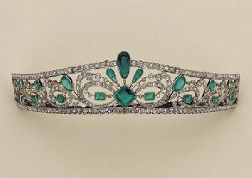emeralde tiara