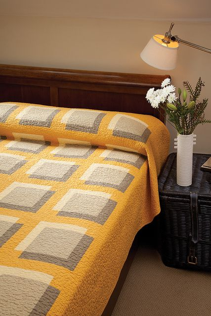Yellow and Gray Transparency Quilts