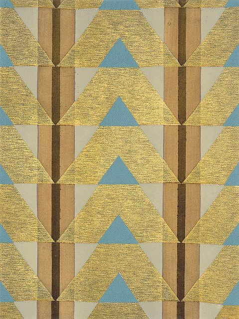 @Abigail Phillips Mounier Calico - This is an fun take on the triangle trend, I think! Eric Bagge Papier Peint (1920's vintage pattern)