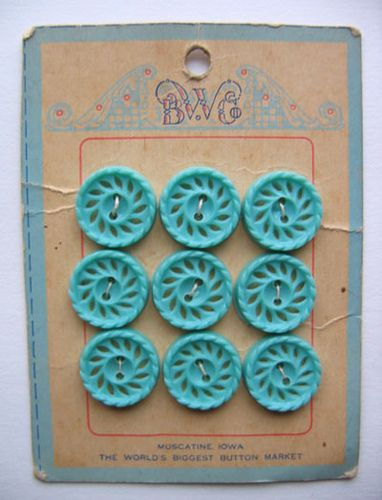 Vintage button love