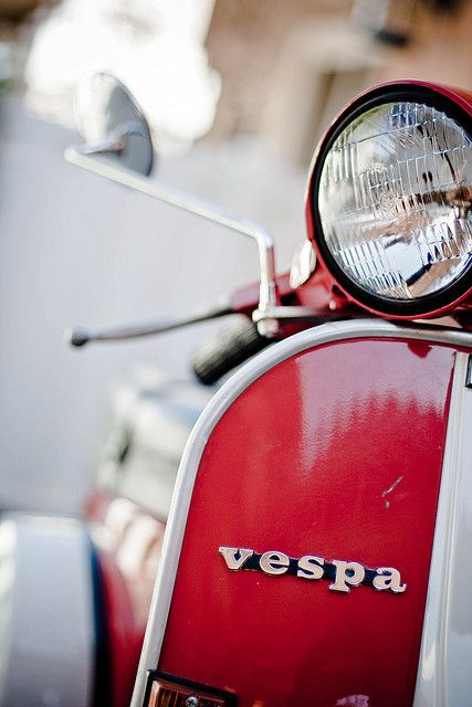 Red Vespa = happiness
