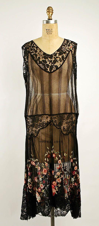 Afternoon dress ca. 1924.