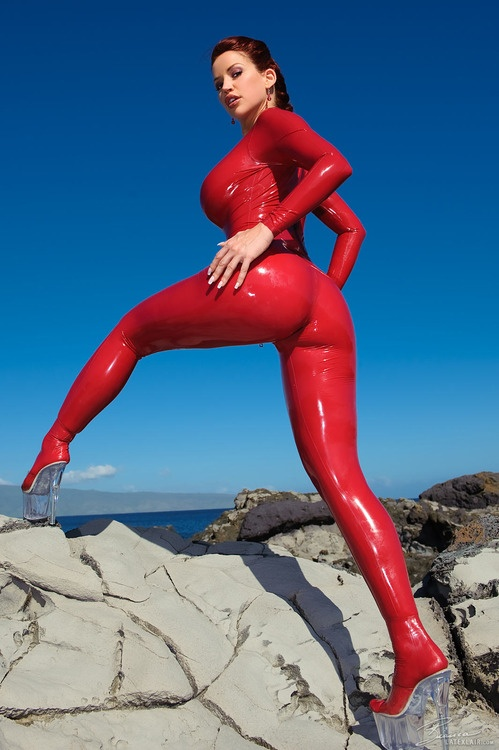 Latex xxx hot girls