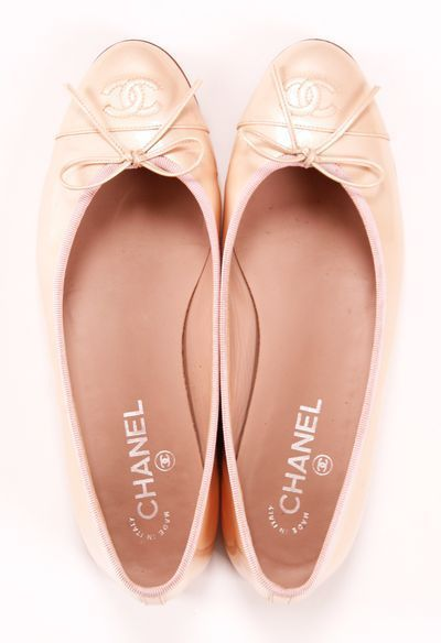 Chanel Nude/blush ballet flats