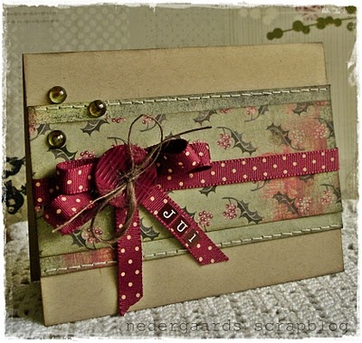 Such lovely, timelessly pretty hues. #Christmas #card #handmade #card_making #paper_crafts #scrapbooking