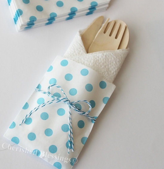 Wedding Favor Bags 20 Aqua Polka Dots Candy Buffet Bag Baby Shower Paper Goods Favors Kids Birthday Party Carnival Popcorn w/ straw flags