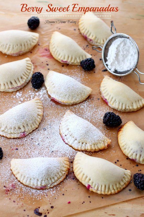 berry sweet empanadas from @RoxanaGreenGirl | Roxana's Home Baking | Roxana&