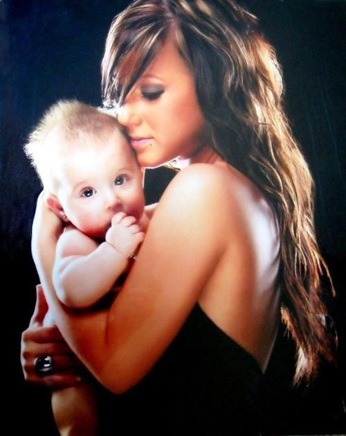 Chelsea Houska and daughter Aubree. This is so precious. I'm definitely doin