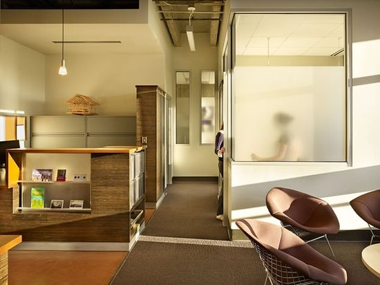 University of Washington College of Built Environments Dean's Office