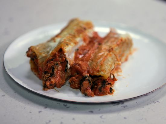 Veal or Turkey and Spinach Manicotti from FoodNetwork.com