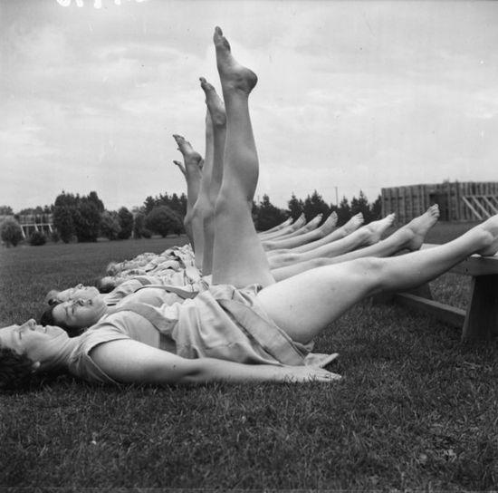 Female trainee physical education instructors exercising, Hutt Valley, Wellington. Pascoe, John Dobree, 1908-1972