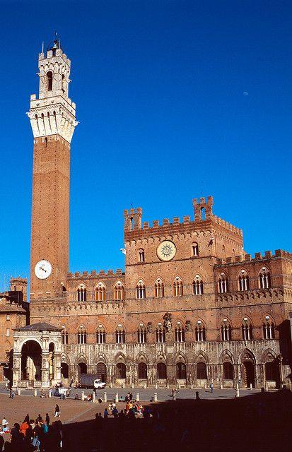 Sienne: Le Palazzo Pubblico et la Torre del Mangia
