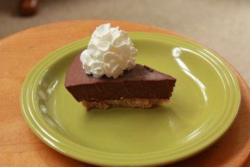 Chocolate banana freezer pie