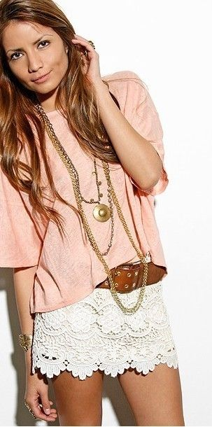 looks like pink, brown and gold accessories are def the way to go with my lace skirt i got last summer